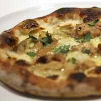 塩糀スモークチキンとじゃがいものピッツァの画像